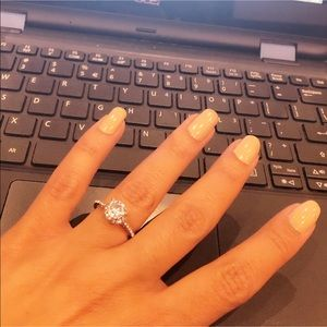 Evolving Always Jewelry - New Beautiful Fashion Ring CZ Lots Of Bling